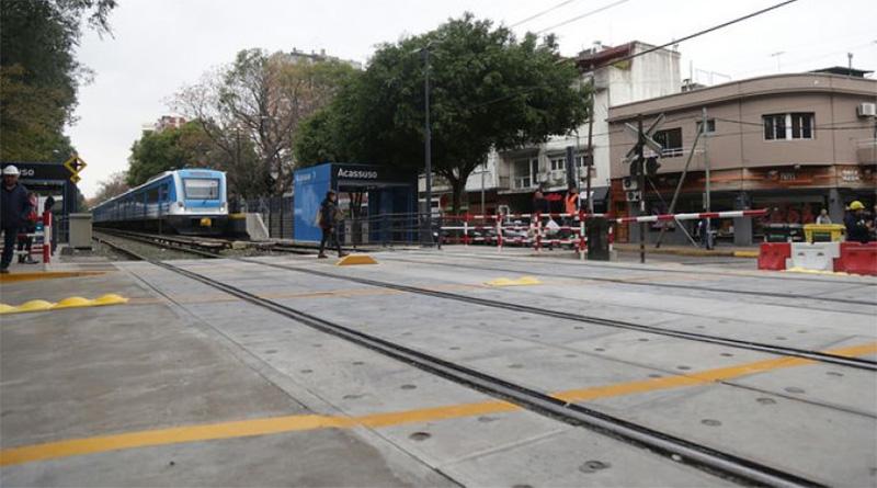 Se habilitó el paso a nivel de la calle Perú en Acassuso