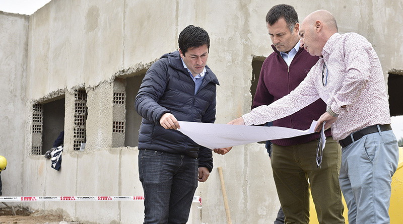 Nardini visitó la obra del nuevo edificio de Defensa Civil y Emergencias