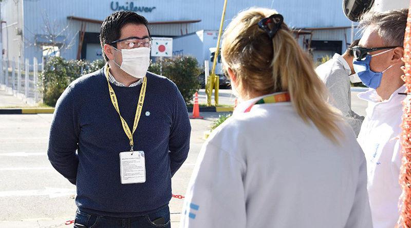 Nardini visitó industrias que están operando en Malvinas Argentinas extremando sus medidas de Seguridad e Higiene