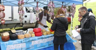 El 'Mercado en tu barrio' recorre las localidades de San Isidro